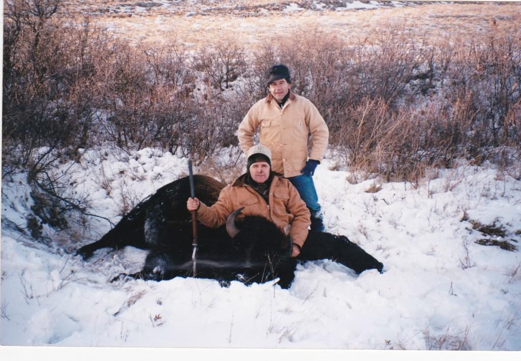 Montana_Buffalo_Hunt_Old_Weapon